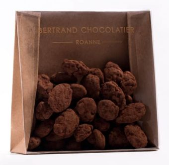 Chocolats enrobés amandes