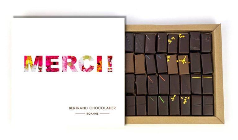 Coffret 32 chocolats classiques merci