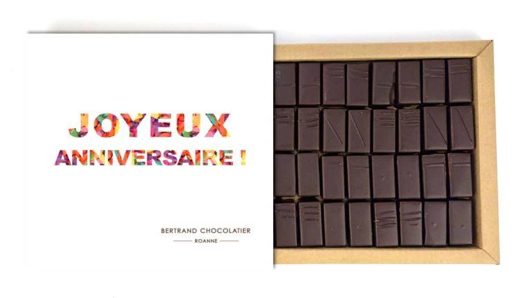 Coffret 32 chocolats origines joyeux anniversaire